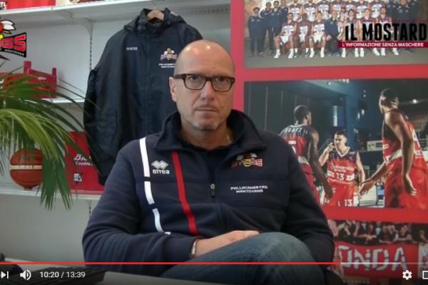 Pre-partita di Tortona - Mantova con coach Martelossi e il ds Casalvieri