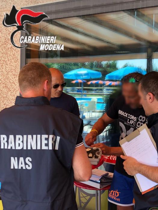 Controlli Carabinieri Carpi Piscine 2