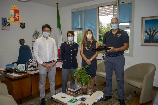 Carpi, PlayStation rubata torna in Pediatria: la Polizia riconsegna la console al Ramazzini