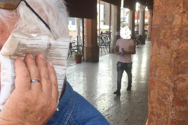 Carpi, 63enne interviene per sedare una rissa in Corso Fanti e viene preso a pugni. Intervengono i Carabinieri