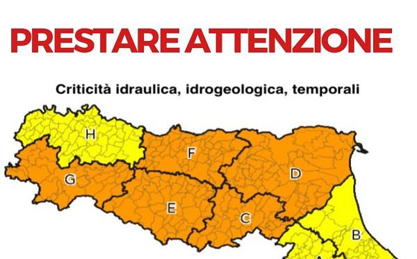 Emilia-Romagna, allerta meteo arancione per temporali anche nella provincia di Modena