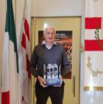 Massimo Ariani col libro